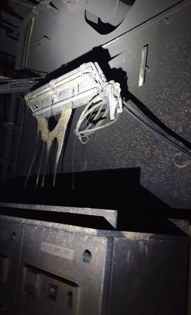 Cargo Ship Engine Room: LAURA MAERSK Engine Room After Blast, Photos